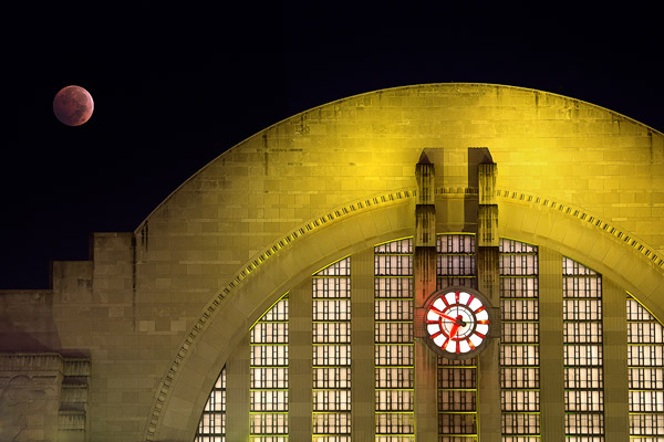 Blood Moon over Union Terminal